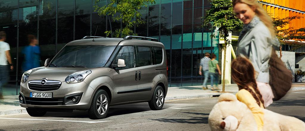 Opel_Combo_Exterior_1024x440_cp12_e01_001 (1)