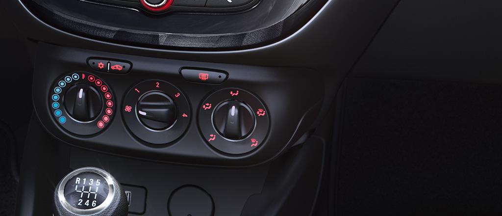 Opel_Corsavan_Interior_Climatization_1024x440_covan175_i04_008_ons