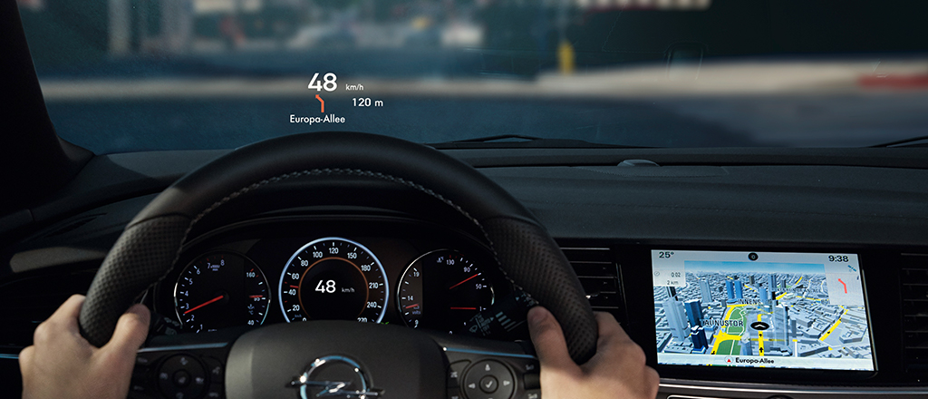 Opel_Insignia_Head_Up_Display_1024x440_ins18_i01_057