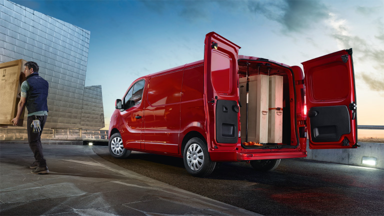 Opel_Vivaro_Capacity_and_Payload_768x432_vi15_e01_694