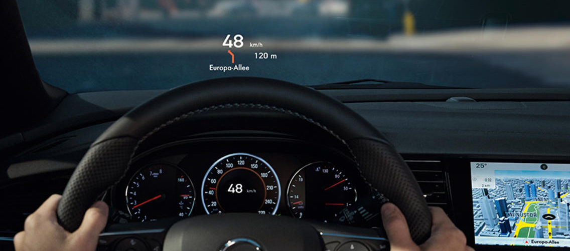 opel_insignia_head_up_display_1024x440_ins18_i01_057(2)